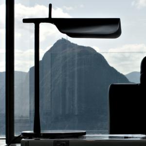illuminazione flos lampada da tavolo tab table